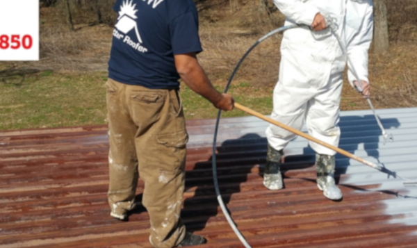 How to repair metal roofs with liquid rubber